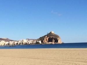 Das Castillo de San Juan thront malerisch über dem Meer