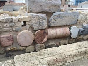 So wurden die Säulen als Fundamente verbaut