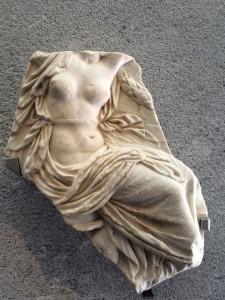 Rhea Silvias Torso, die von Mars geschwängerte Mutter von Romulus und Remus, den Gründern der Stadt Rom