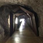Dieser Tunnel geht unter der Burg durch