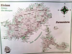 Eine Karte von Ibiza und Formetera, die wir als Tischset bekommen haben