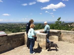 Mit Walt und Joy an dem schönsten Aussichtspunkt bei der Kathedrale von Beziers