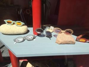 Endgeile Brillen nahe des Marktes in Beziers