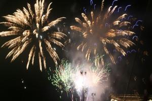 Feuerwerk beim Hafenfest in Cannes