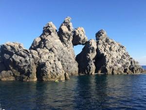 bizarre Steinformationen und Tauchparadies vor Porquerolles
