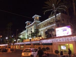Weihnachtsbeleuchtung am Casino