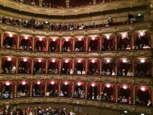 Die Logen in den Rängen des Opernhauses Nizza
