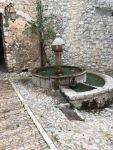 Brunnen in Peille